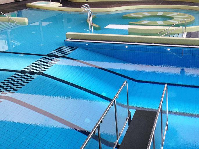 Pool & Svømmehal